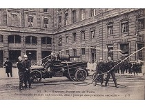 Вековые традиции пожарной безопасности: чем тушили пожар в императорской России?